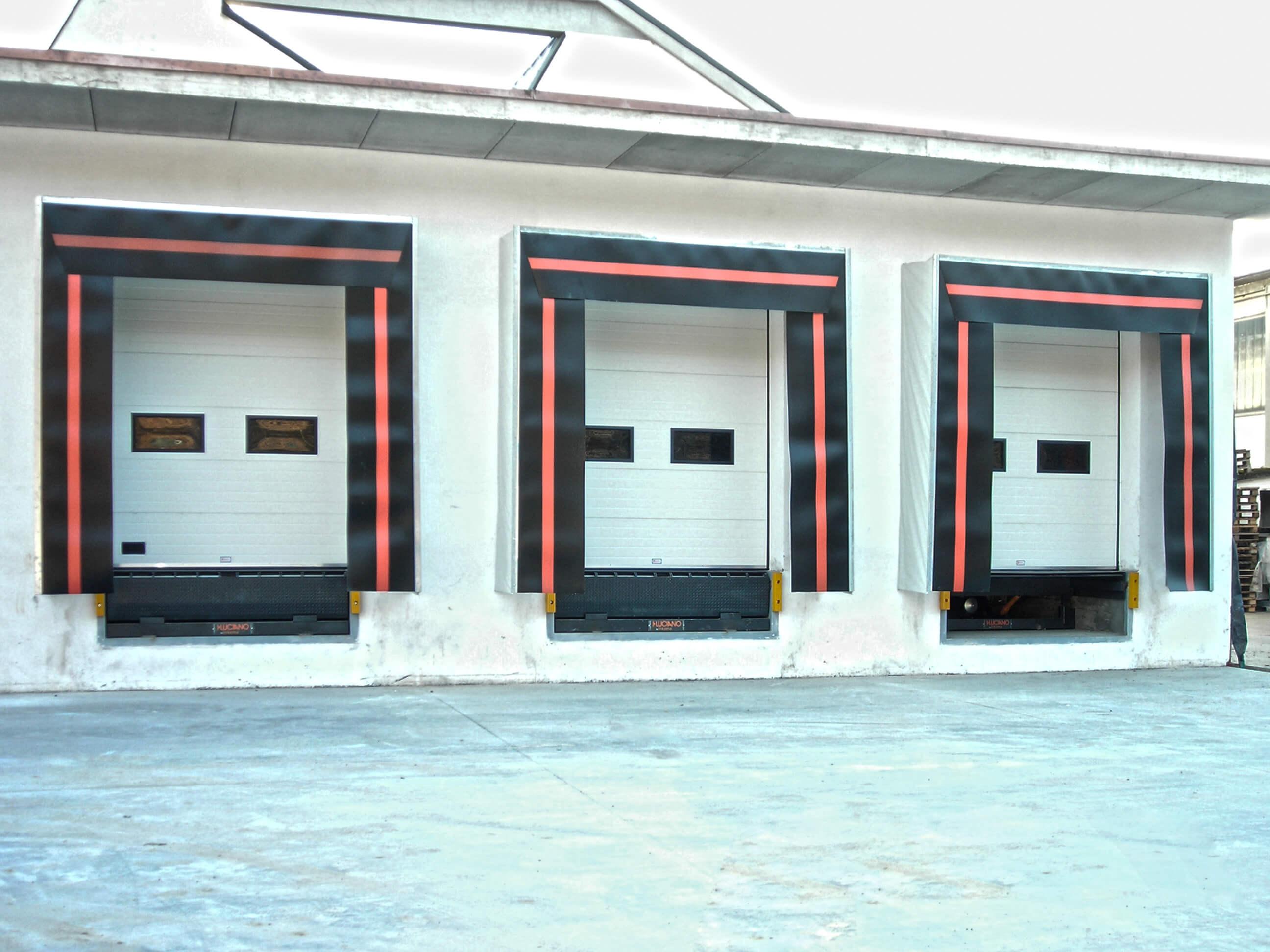 luciano punti di carico, luciano baie di carico, luciano rampe, rampe luciano, sigillanti luciano, dock shelter luciano, luciano portoni